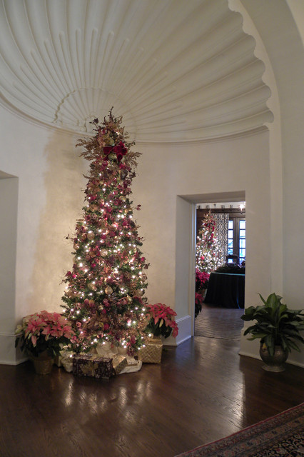Dallas TX: The DeGolyer Estate traditional-entry