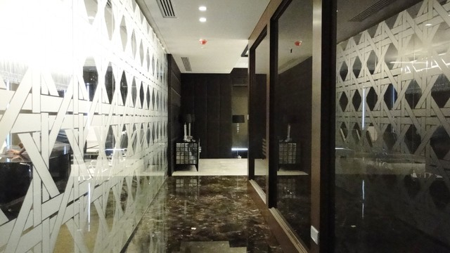 DB private office contemporary-entry