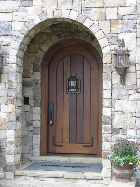 DOORS traditional-entry