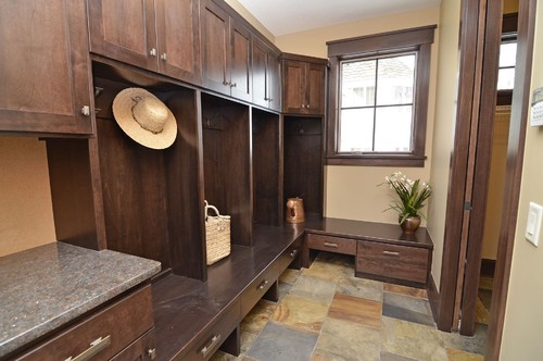 Must haves for your mudroom blog for Must haves when building a new home