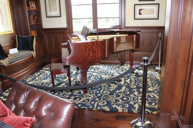 Dream Home Rug--Edina, MN Spring 2011  Room design by Martha O'Hara Interiors traditional-entry