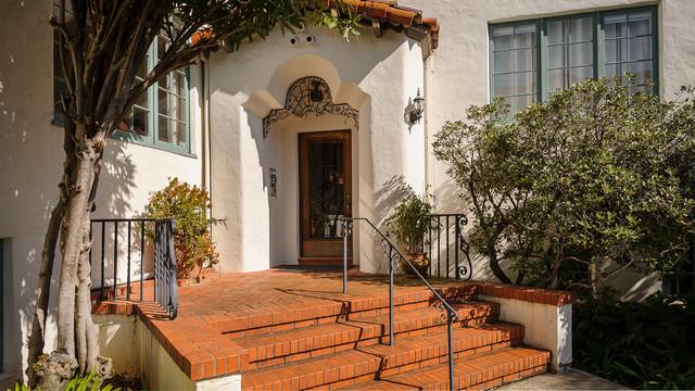 Eaton Revival mediterranean-entry