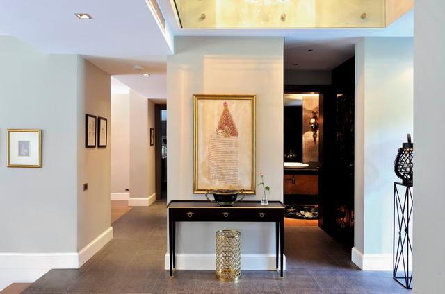 EB HOUSE contemporary-entry