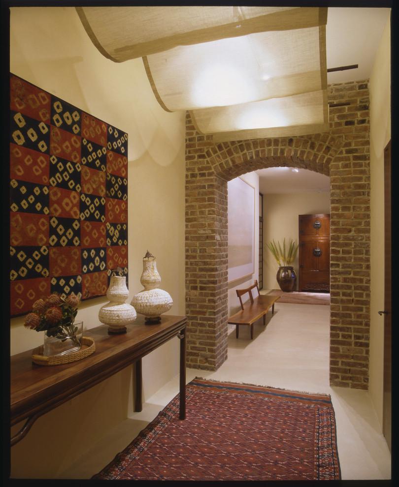 Entryway - eclectic entryway idea in New York