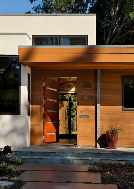 Edgewood modern-entry
