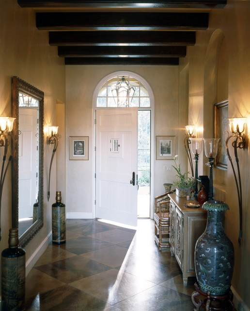 English Country traditional entry