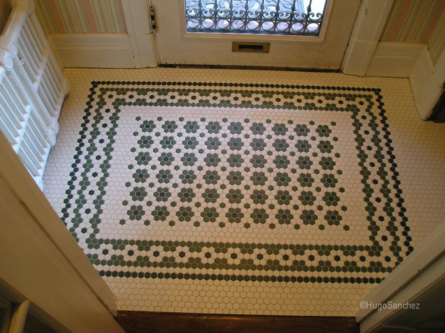 Entrance mosaic floor traditional entry montreal for Entrance flooring ideas