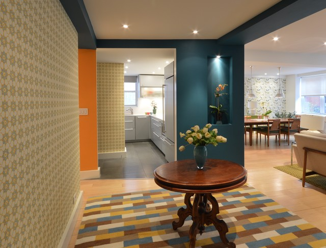 View after entering a Mid-Century Modern Apartment - Midcentury ...