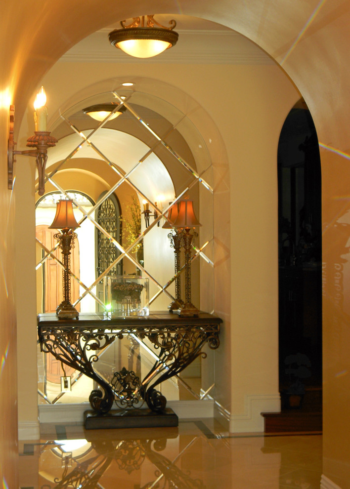 Tuscan entryway photo in Orange County