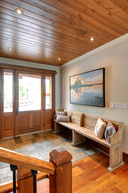 Fairy Lake Home rustic-entry