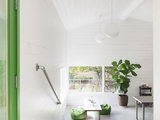 contemporary entry A Creative Studio Welcomes Family Projects (11 photos)