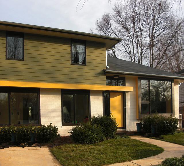 Fifties split modern entry dc metro by gardner for Modern split level homes