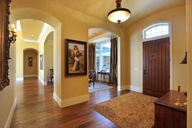 Folsom Lake View - French traditional-living-room