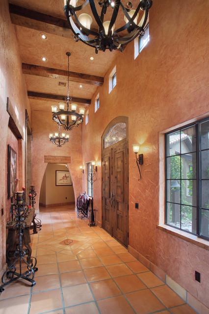 Foyer southwestern-entry
