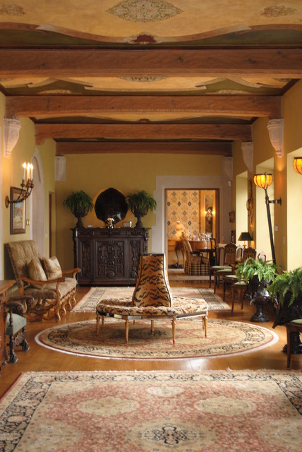 Foyer traditional-entry