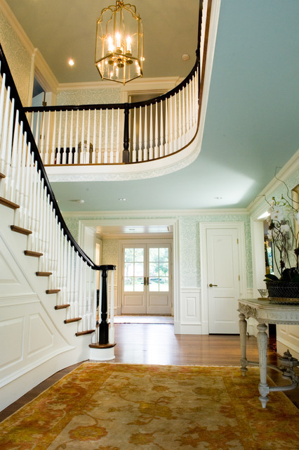 Foyers traditional-entry