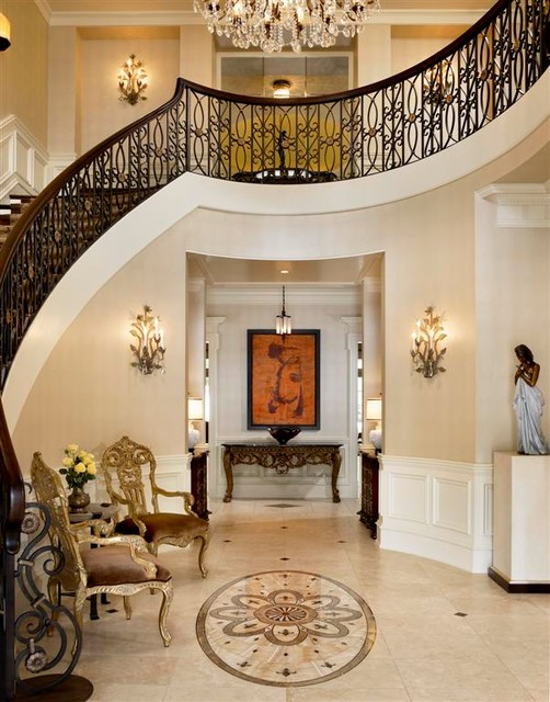 Foyer Grand Chatel Redon : French chateau traditional entry chicago by