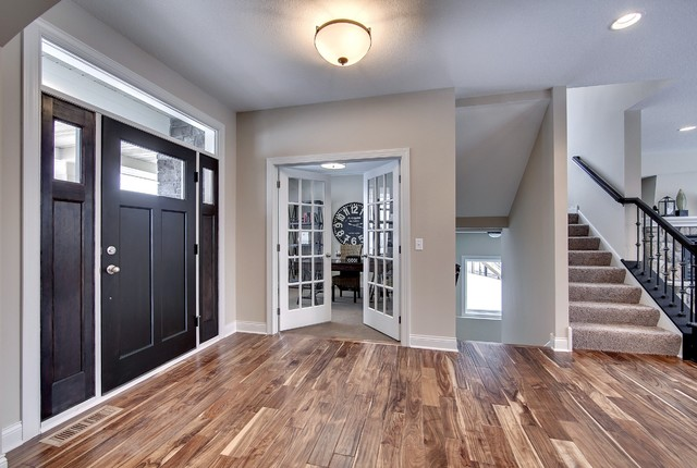 Front Entryway Bay Lake Reserve Model 2014 Spring