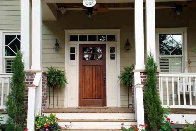 Front porch elements of craftsman bungalows craftsman for Craftsman style front porch designs