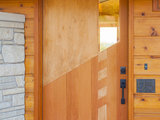 midcentury entry Houzz Tour: Usonian Inspired Home With All the Wright Moves (18 photos)