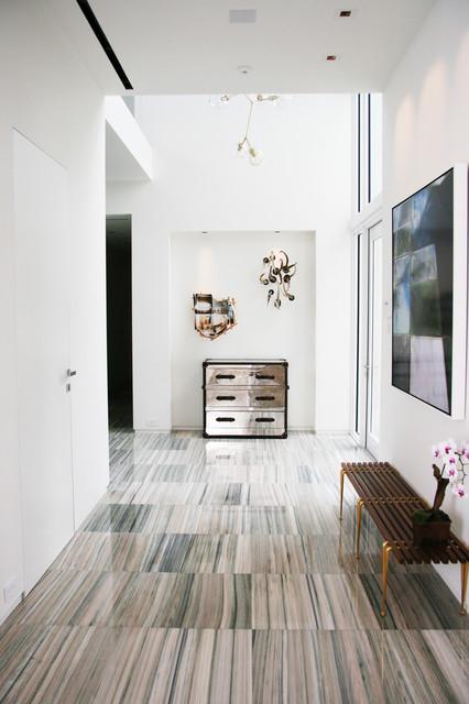 Gallery modern-entry