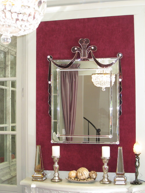 Glamour Mirror from the 30s. Buena vista Deco eclectic entry
