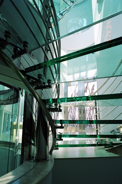 Glass Staircases, treads, landings tropical-entry