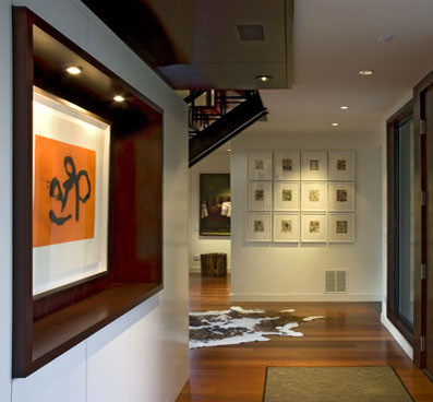 Example of a trendy entryway design in Chicago