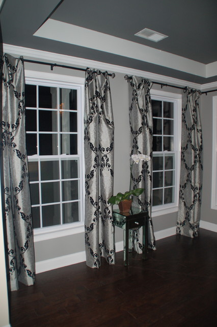 Grommet Topped Relaxed Panels contemporary-entry