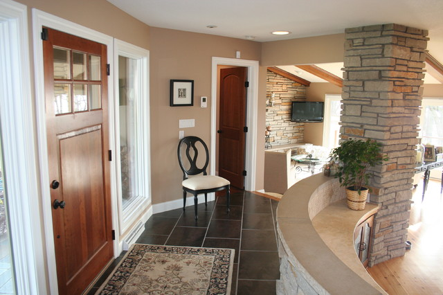 Hanson Remodel traditional-entry