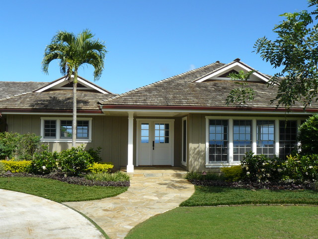 Hawaiian plantation style traditional entry other for Hawaiian plantation architecture
