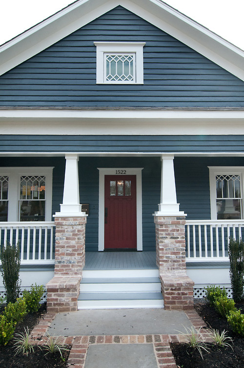 Love This Color Scheme What Are The Colors Of The Siding