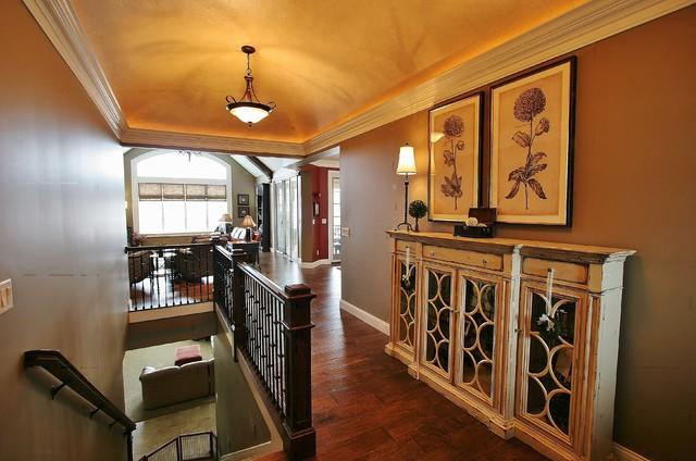 Highland Green Residence/Windmiller transitional-entry