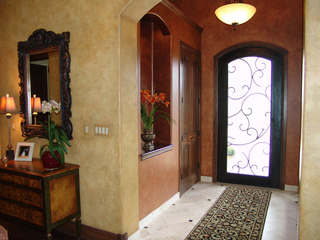 Hill Country traditional-entry