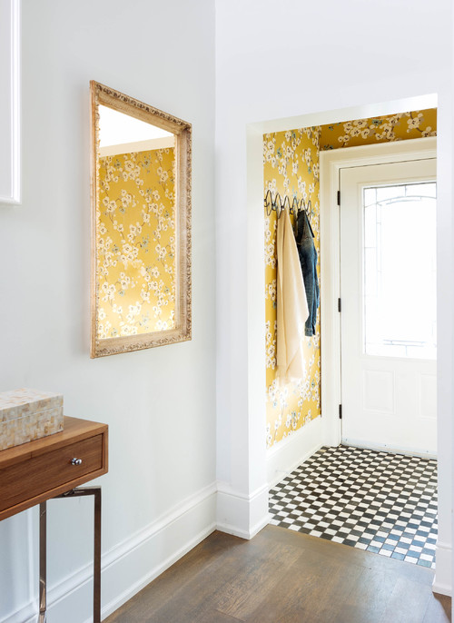 8 Ways To Enhance A Small Foyer