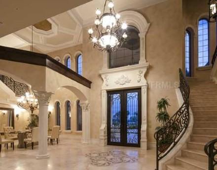 Hillosi House (by: Bartlett Construction) mediterranean-entry