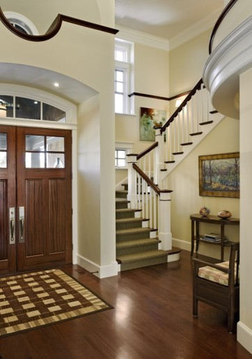 Inspiration for a timeless entryway remodel in Boston