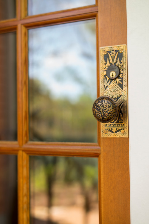 door knob of historic home in atlanta ga