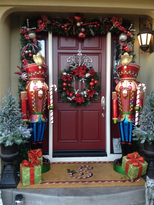 Toy soldier Christmas front door decorating inspiration.