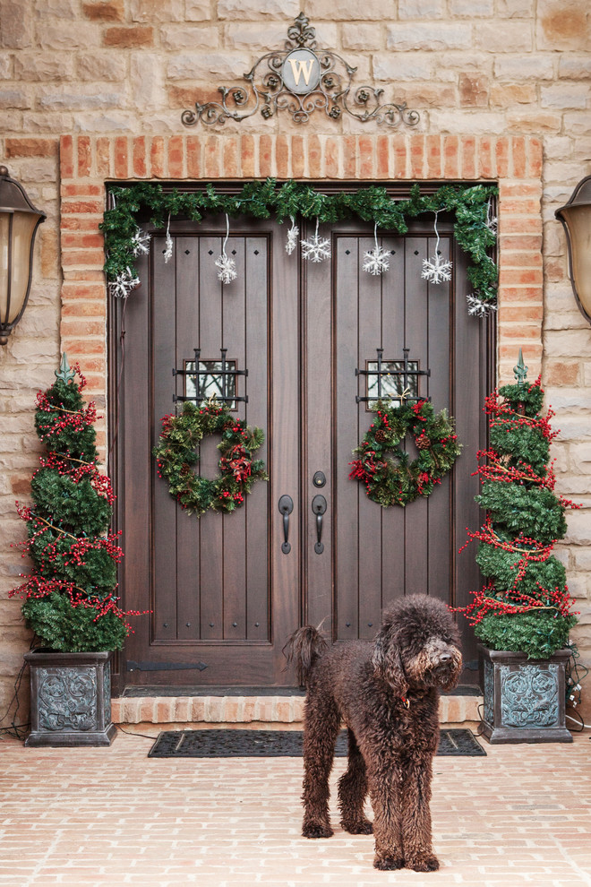 Knock Knock! What Your Front Door Is Telling Your Guests About Your Home