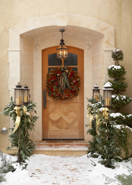 Holiday Style Entry traditional entry