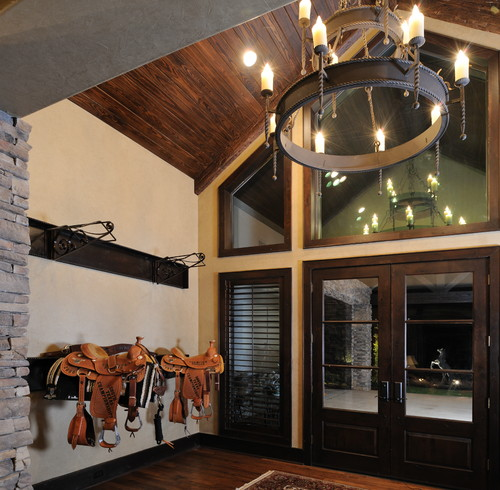 Traditional Interior Designers In Chicago: Stable Style: 8 Tack Rooms To Inspire