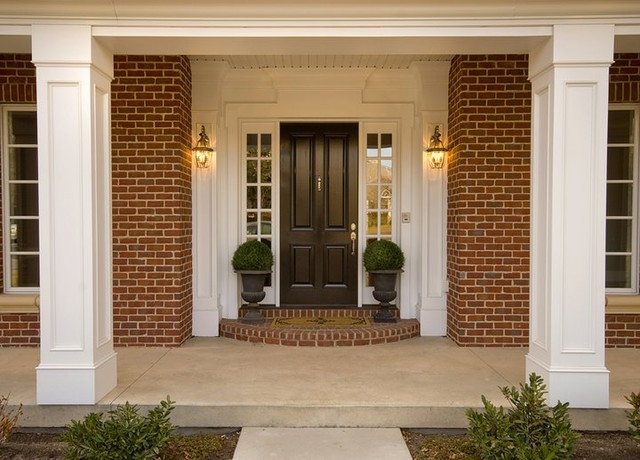 Homes traditional-entry