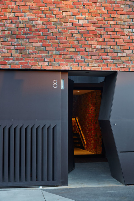 House of Bricks contemporary-entry