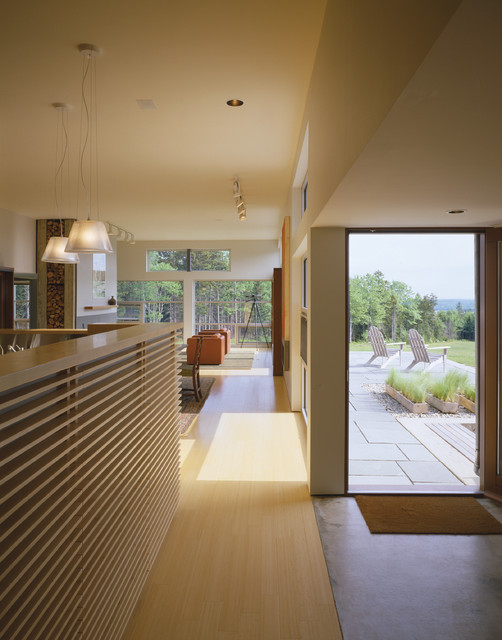 House on the Barrens contemporary-entry