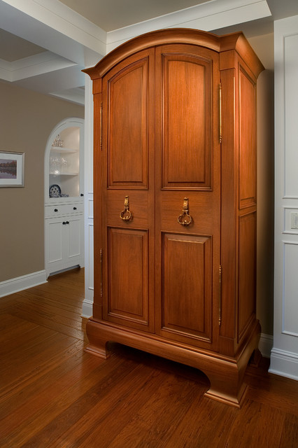 Built-In Coat Closet