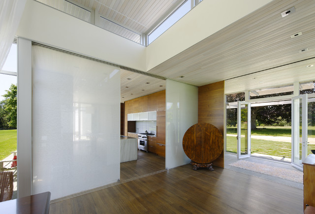 contemporary entry by Maryann Thompson Architects