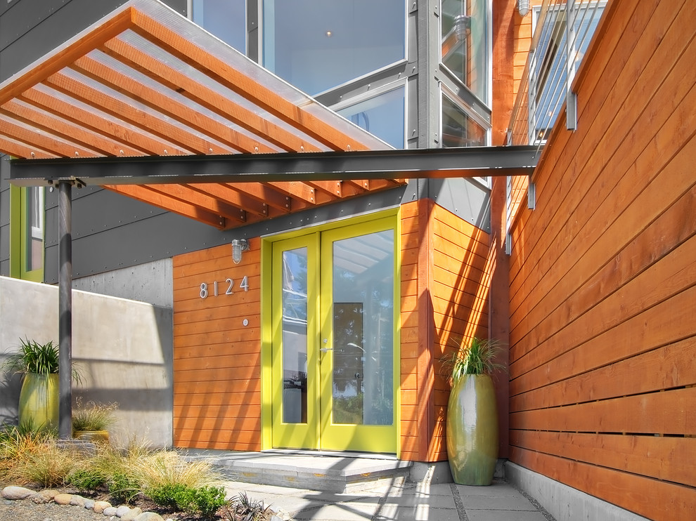 Example of a trendy entryway design in Seattle