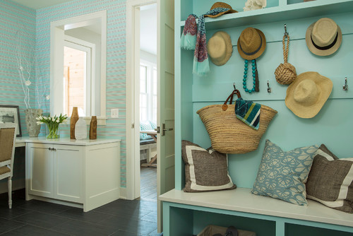 beach styled office and mudroom space