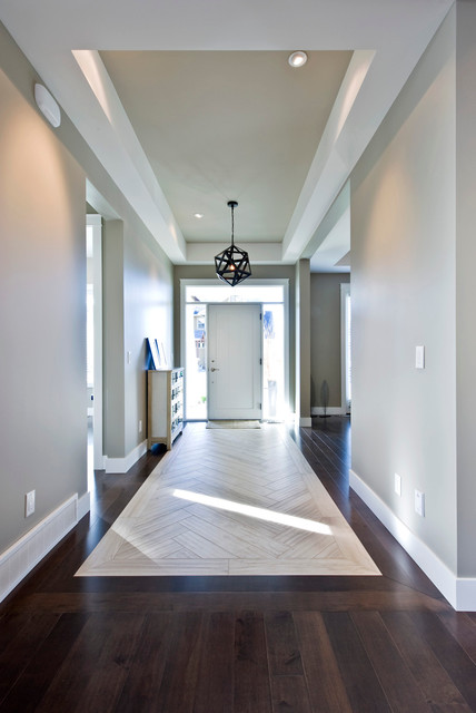 Kettle Valley Family Home traditional-entry